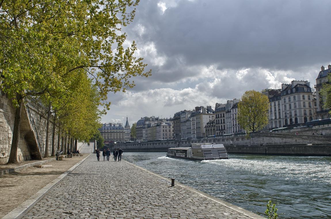 Francie - Paříž v předjaří