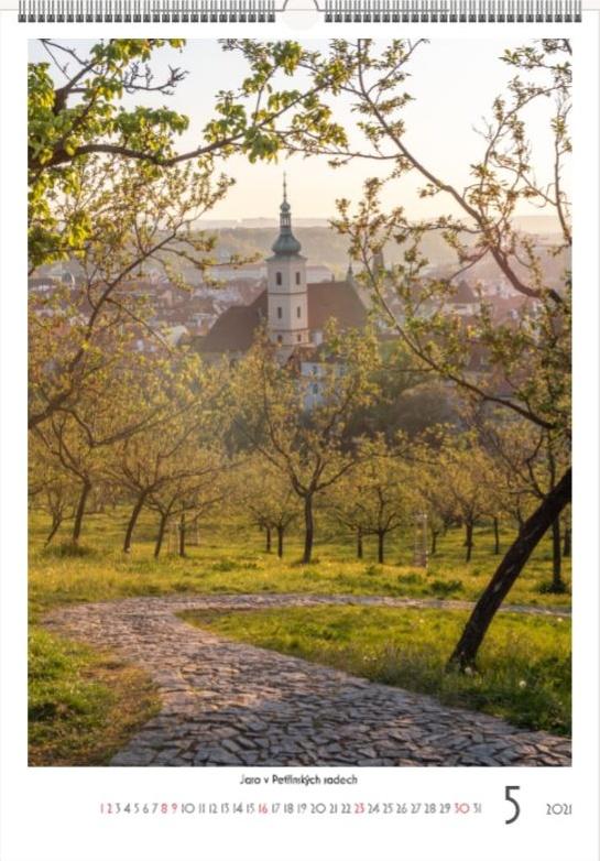 Výhled na Prahu na jaře