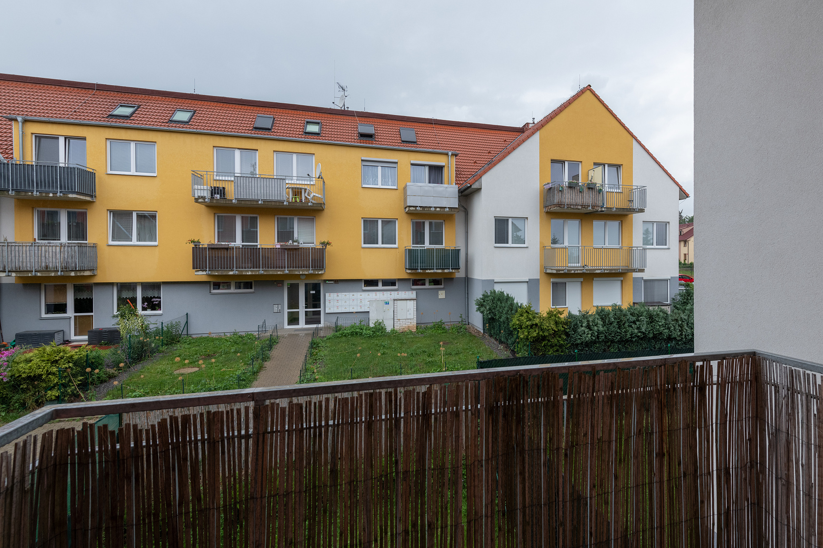 Moderní byt 2+1 Jinočany